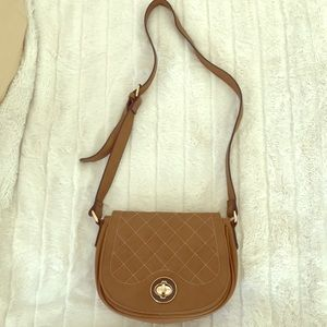 Gorgeous brown purse!